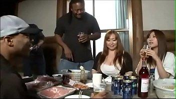 जापानी पोर्न अंतरजातीय