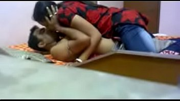 भारतीय सुंदर लड़की कमबख्त मुश्किल